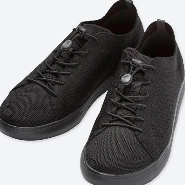 UNIQLO(ユニクロ)のUNIQLO ニットライトスニーカー クールビズ 26.5 メンズの靴/シューズ(スニーカー)の商品写真