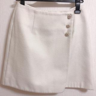 ロディスポット(LODISPOTTO)のオフホワイト スカート(ミニスカート)