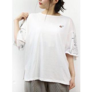 リベットアンドサージ(rivet & surge)の新品 rivet&serge  袖プリント  ドーナツ刺繍 カットソー(Tシャツ(半袖/袖なし))