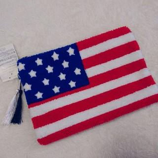 シマムラ(しまむら)の新品タグ付き インスタ人気 完売品 星条旗 クラッチバッグ ポーチ(クラッチバッグ)