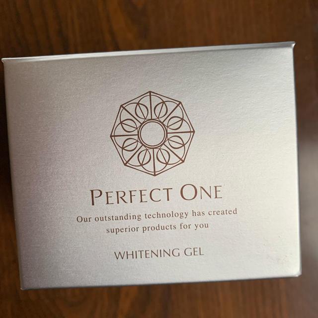 PERFECT ONE(パーフェクトワン)のパーフェクトワン ホワイトニングゲル コスメ/美容のスキンケア/基礎化粧品(オールインワン化粧品)の商品写真