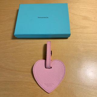 ティファニー(Tiffany & Co.)の【新品】ティファニー ラゲージタグ ピンク(旅行用品)