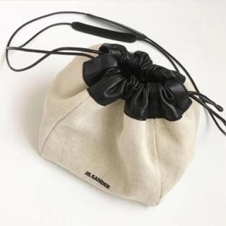 ジルサンダー(Jil Sander)のジルサンダー Drawstring Crossbody Bag 巾着バッグ(ショルダーバッグ)