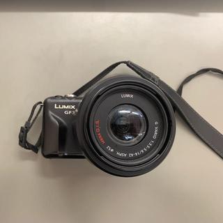 パナソニック(Panasonic)のLUMIX GF3(デジタル一眼)