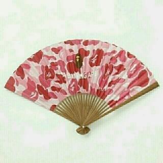アベイシングエイプ(A BATHING APE)の国内正規品 完売品 ABC camo 扇子 pink (その他)