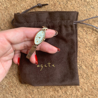 アガット(agete)のagete♡k10ダイヤモンドオーバルフェイスウォッチ(腕時計)