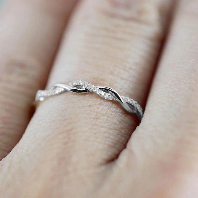 ツイストリング ring 指輪 ウェーブ シルバー レディースのアクセサリー(リング(指輪))の商品写真