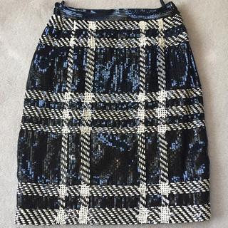 ヴァレンティノガラヴァーニ(valentino garavani)のウァレンティノ スパンコールスカート(ひざ丈スカート)