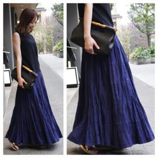 ノーブル(Noble)の【新品タグ付】【MARIHA】草原の虹のスカート(ロングスカート)