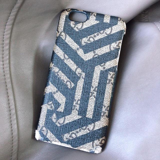 Gucci - 【値下げ】GUCCI グッチ iPhoneケースの通販