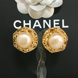 973680923840 シャネル(CHANEL)の正規品 シャネル イヤリング パール ココマーク ゴールド 丸 金 真珠