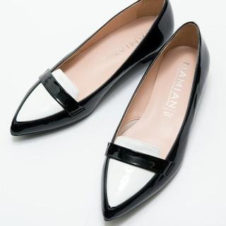 マミアン(MAMIAN)のポインテッドトゥ エナメルローファー 24センチ MAMIAN(ローファー/革靴)