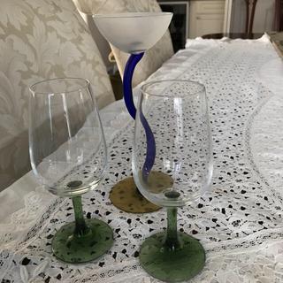 ワイングラス2脚とキャンドルグラス(グラス/カップ)