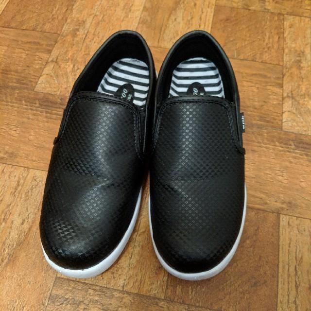 ワークマン 滑らない靴 ファイングリップシューズ 23 レディースの靴/シューズ(スニーカー)の商品写真