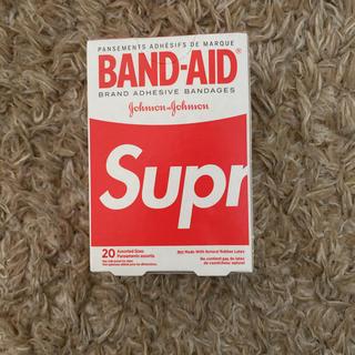 シュプリーム(Supreme)のラスト1つ Supreme バンドエイド  BAND-AID 日本未発売 (日用品/生活雑貨)