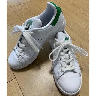 アディダス(adidas)の【専用】adidas アディダス スタンスミス  グリーン 緑 22.5(スニーカー)