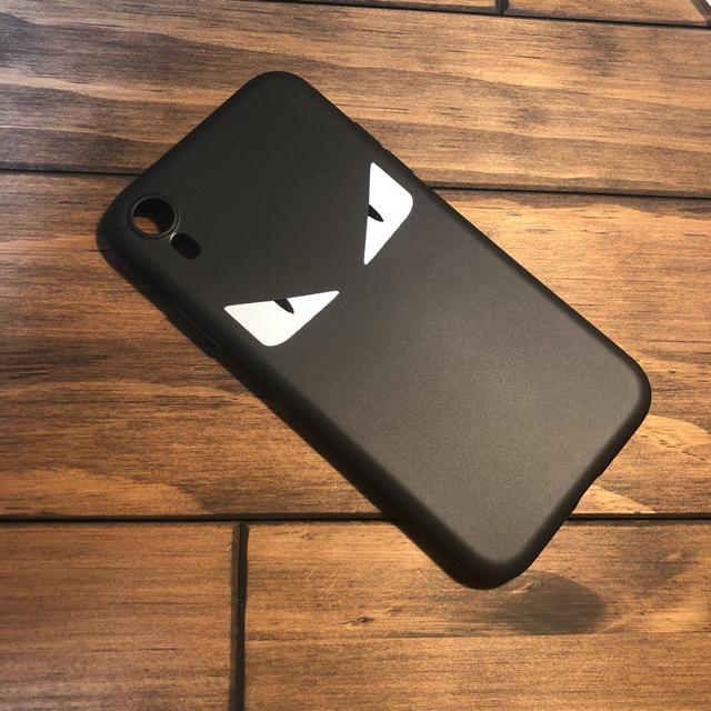 iphonex ケース スポンジ ボブ 、 FENDI風 iPhone XR ケースの通販 by yuka ☆不定期タイムセール☆|ラクマ