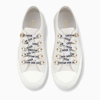 クリスチャンディオール(Christian Dior)のDior スニーカー ロゴ リボン ホワイト(スニーカー)