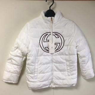 グッチ(Gucci)のGUCCI グッチ 子供服 ダウンジャケット 8サイズ XB6862-9060(ジャケット/上着)