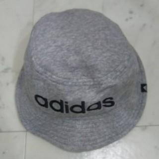 アディダス(adidas)のアディダス帽子(キャップ)
