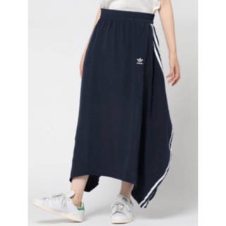 アディダス(adidas)のadidas originals pakaian  long skirt(ロングスカート)