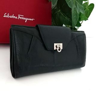 b6982cc0440b サルヴァトーレフェラガモ(Salvatore Ferragamo)の正規 フェラガモ ガンチーニ レザー 長財布 ブラック 黒 レディース