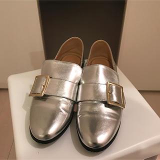 ジーユー(GU)の【2回使用】GU 超大型店限定 スクエアバックルローファー サイズM(ローファー/革靴)