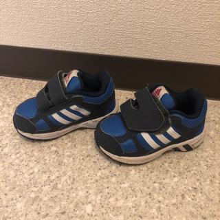 アディダス(adidas)のadidasのスニーカーになります(スニーカー)
