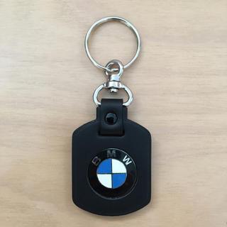 ビーエムダブリュー(BMW)の【非売品/新品未使用】BMW☆レザーキーホルダー(車外アクセサリ)