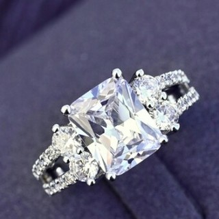 指輪 ゴージャス レディース  長方形 CZダイヤリング キラキラ(リング(指輪))