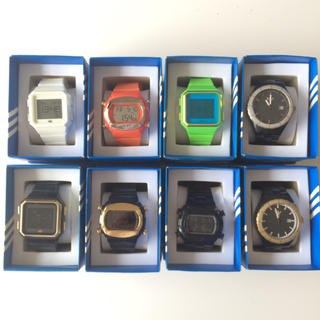 アディダス(adidas)の腕時計(腕時計(デジタル))