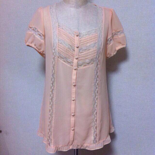 la Bala(ラバーラ)のラバーラ ピンクブラウス レディースのトップス(シャツ/ブラウス(半袖/袖なし))の商品写真