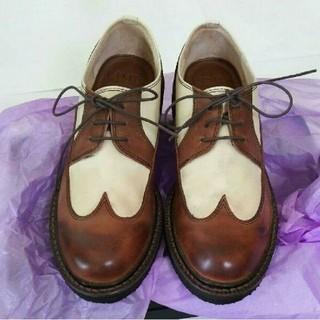 リミフゥ(LIMI feu)の【新品・箱付き】LIMI feu  靴 (Mサイズ)(ローファー/革靴)