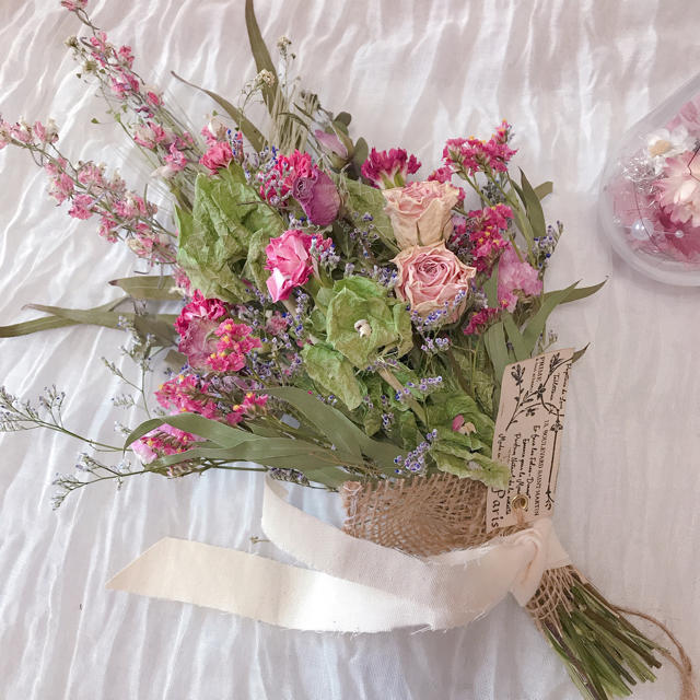 ドライフラワー スワッグ♡ピンク ハンドメイドのフラワー/ガーデン(ドライフラワー)の商品写真