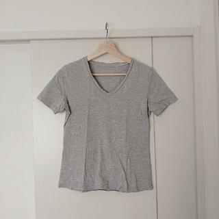 ジーユー(GU)のVネック半袖Tシャツ(Tシャツ(半袖/袖なし))