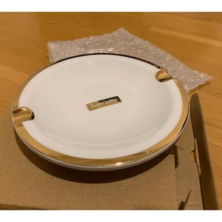 シュプリーム(Supreme)のsupreme 17AW Gold Trim Ceramic Ashtray灰皿(灰皿)