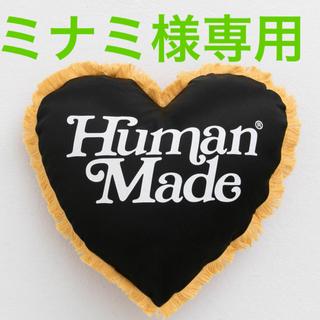 シュプリーム(Supreme)のミナミ様専用 ガールズドントクライ コラボ クッション 新品未使用(クッション)