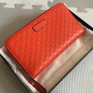 dcc2140b8c5b グッチ(Gucci)のGUCCI ラウンドファスナー長財布 グッチシマ マイクロGG(財布)