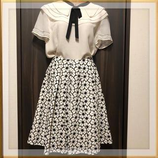 テチチ(Techichi)の【取引中】テチチ レース刺繍スカート(ひざ丈スカート)