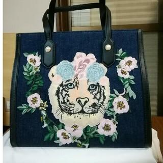グッチ(Gucci)のグッチ デニムトートバッグ  日本限定  ミディアムサイズ 新品未使用(トートバッグ)
