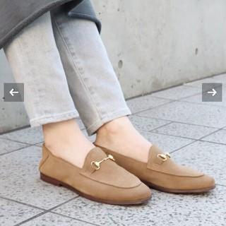 プラージュ(Plage)のCAMINANDO ベージュ 新品37(ローファー/革靴)