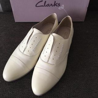 クラークス(Clarks)の【箱入り新品】Clarks クラークス 革靴 ドーソンレベル(ローファー/革靴)