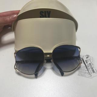 スライ(SLY)の新品タグ付⭐️SLY⭐️サングラス(サングラス/メガネ)