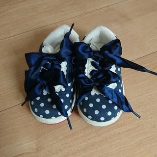 シャーリーテンプル(Shirley Temple)のシャーリーテンプル リボン 靴  美品(スニーカー)