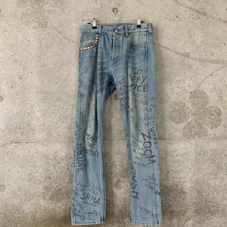 グッチ(Gucci)のGUCCI 17aw Scribbled Writing Jeans(デニム/ジーンズ)