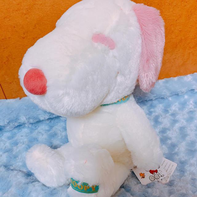 SNOOPY(スヌーピー)の♡ スヌーピー お座りビッグぬいぐるみ ピンク 全長約40㎝ ♡ エンタメ/ホビーのおもちゃ/ぬいぐるみ(ぬいぐるみ)の商品写真
