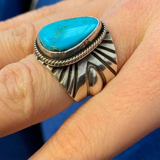マライカ(MALAIKA)のナバホ ターコイズリング アンディ キャドマン作 インディアンジュエリー(リング(指輪))