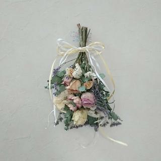 kさん専用ユーカリ、ブルーファンタジアの淡い薔薇、パープルのスワッグ*(ドライフラワー)