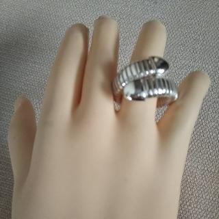 ウノアエレ(UNOAERRE)のウノアエレ1ARスネークリング (シルバーカラー)(リング(指輪))