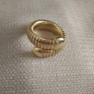 ウノアエレ(UNOAERRE)のウノアエレ1ARスネークリング (ゴールドカラー)(リング(指輪))